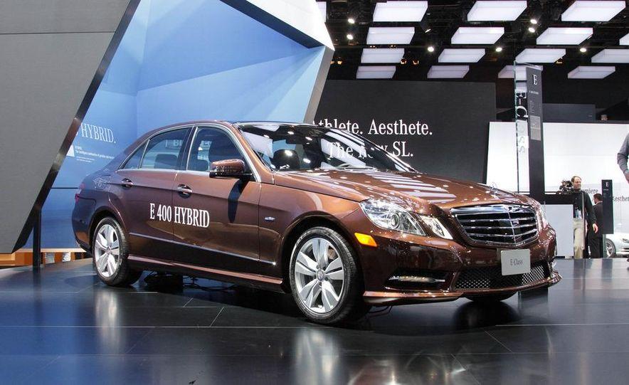 2013 Mercedes-Benz E400 Hybrid - Slide 1