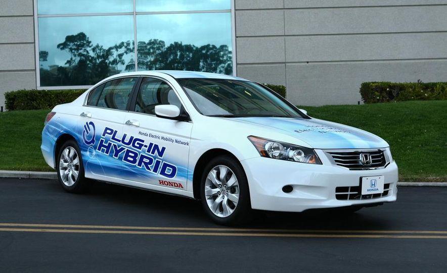 Honda Accord plug-in hybrid - Slide 3