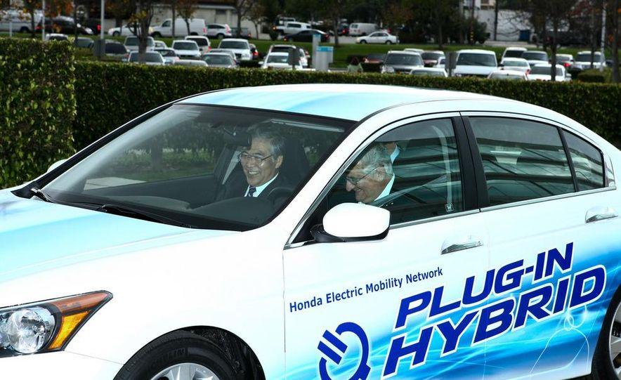 Honda Accord plug-in hybrid - Slide 6