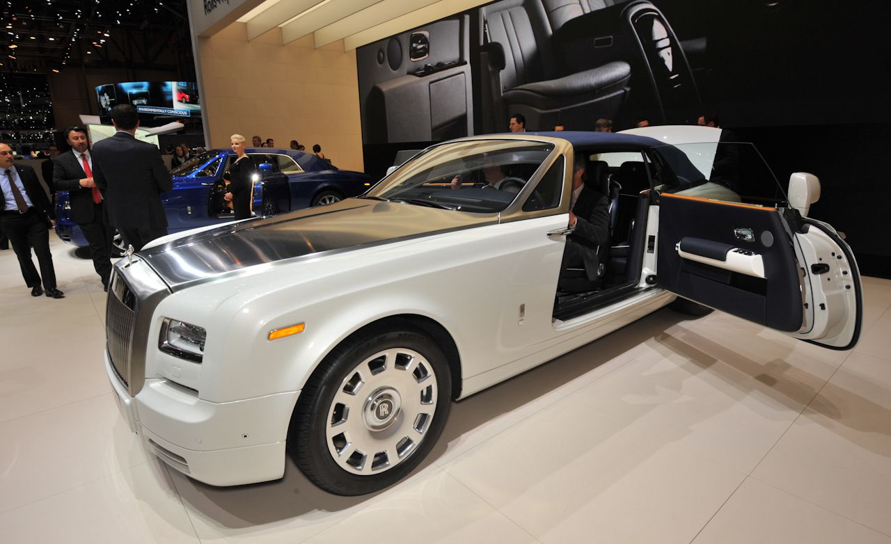 2012 rolls royce phantom series ii photos and info news. Black Bedroom Furniture Sets. Home Design Ideas