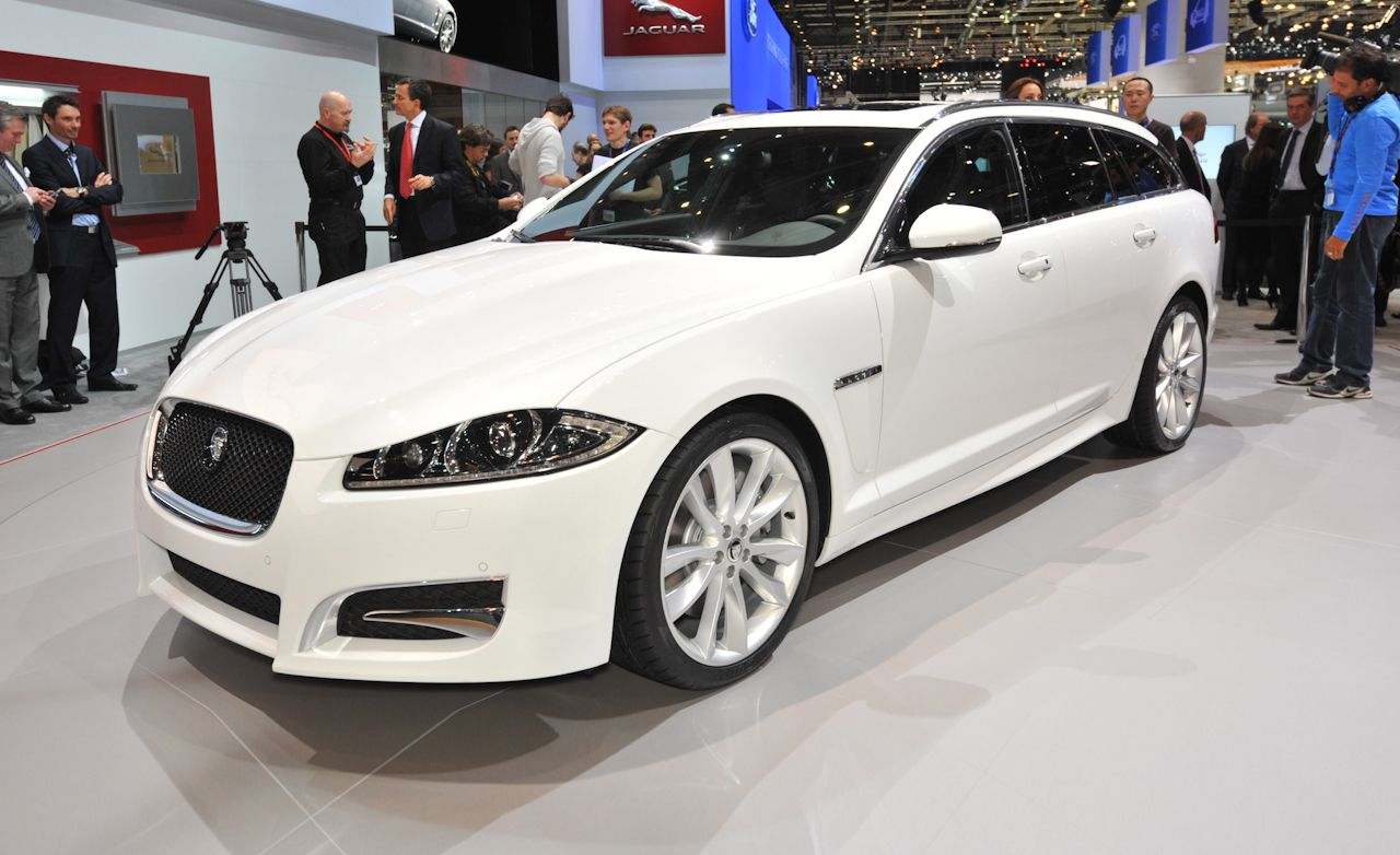 2013 jaguar xf sportbrake photos and info news car and driver. Black Bedroom Furniture Sets. Home Design Ideas