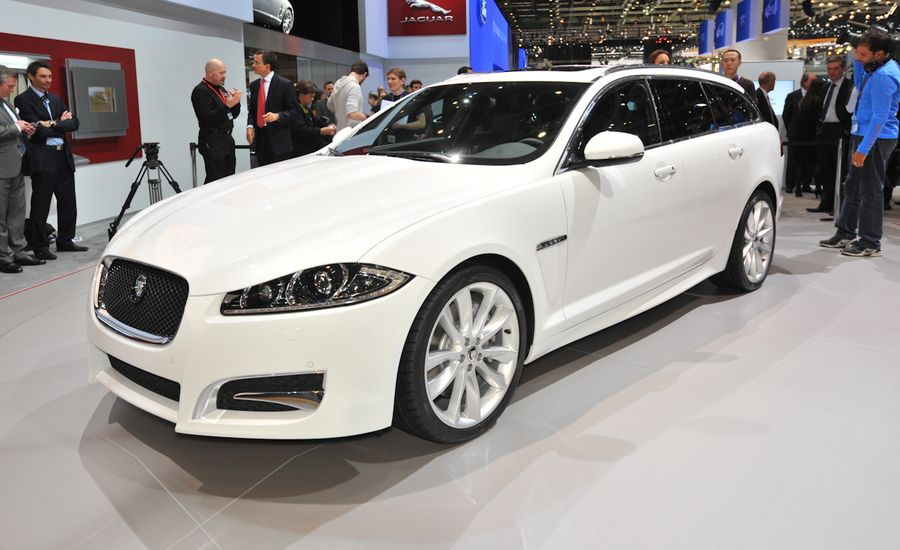 2013 jaguar xf sportbrake photos and info news car and. Black Bedroom Furniture Sets. Home Design Ideas