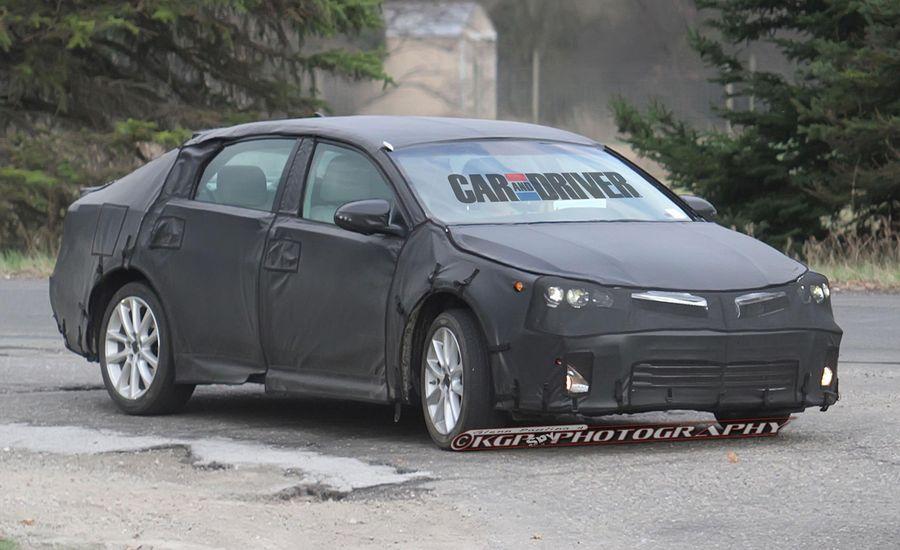 2013 Toyota Avalon Spy Photos