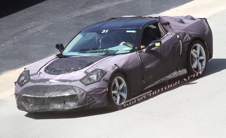 2014 Chevrolet Corvette C7 Spy Photos