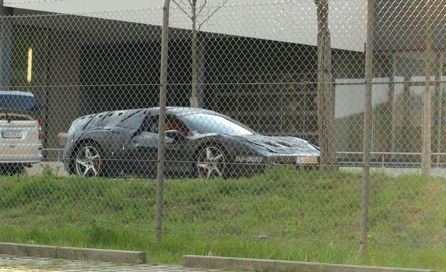 Ferrari Enzo Replacement / F70 Spy Photos