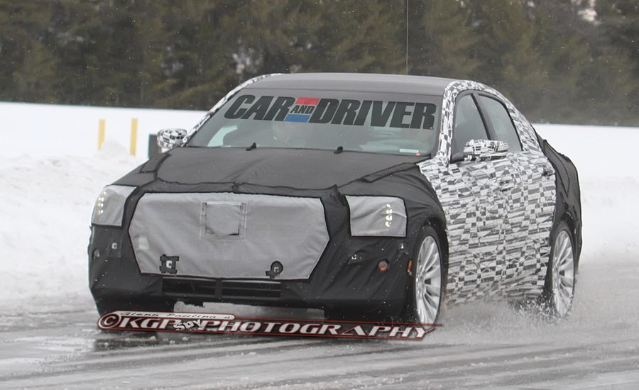 2014 Cadillac CTS Spy Photos