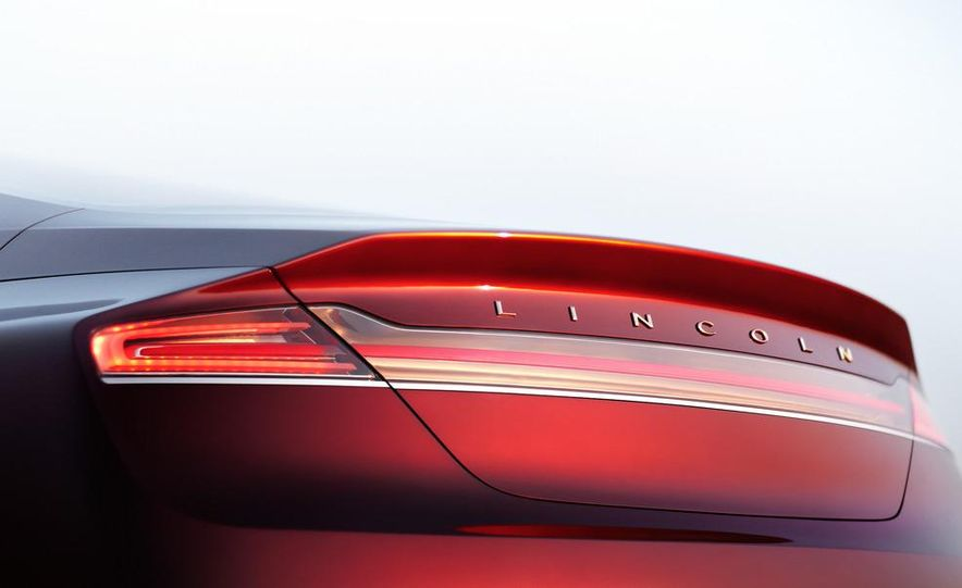 Lincoln MKZ concept - Slide 18