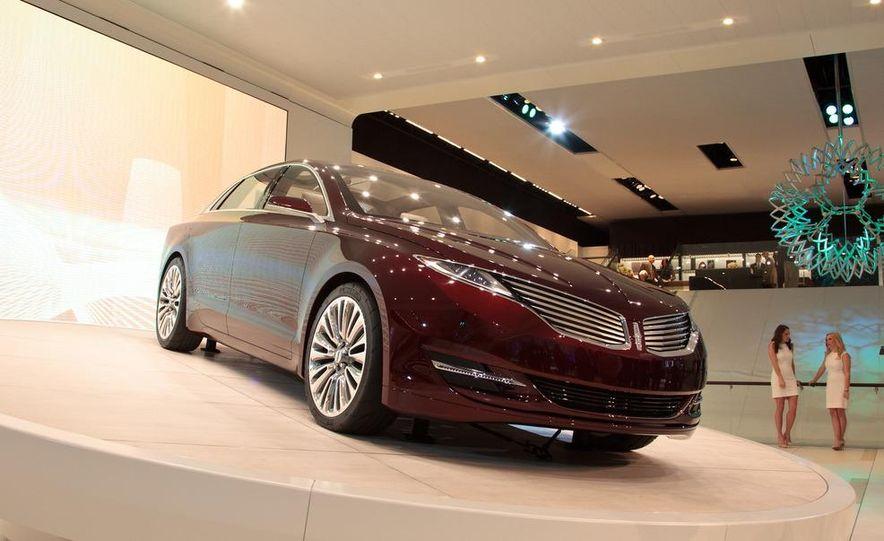 Lincoln MKZ concept - Slide 2