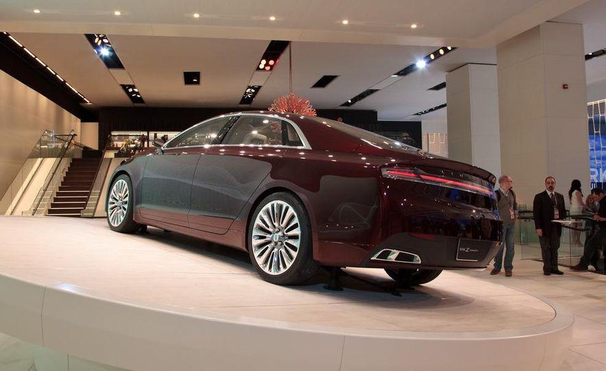 Lincoln MKZ concept - Slide 5