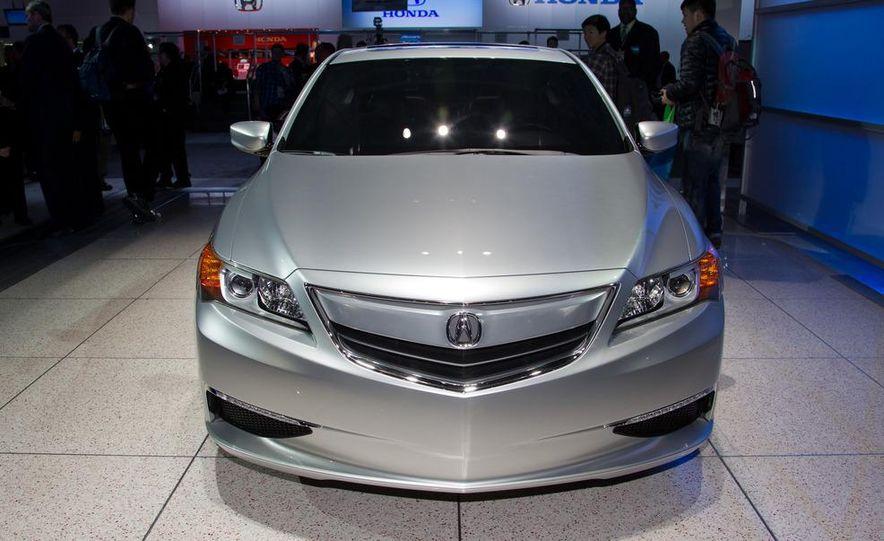 Acura ILX concept - Slide 3