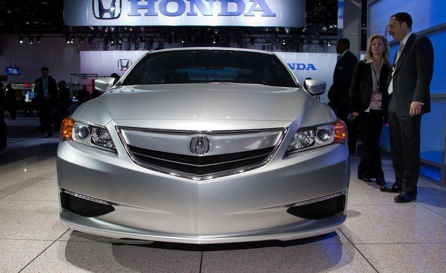 Acura ILX concept - Slide 10