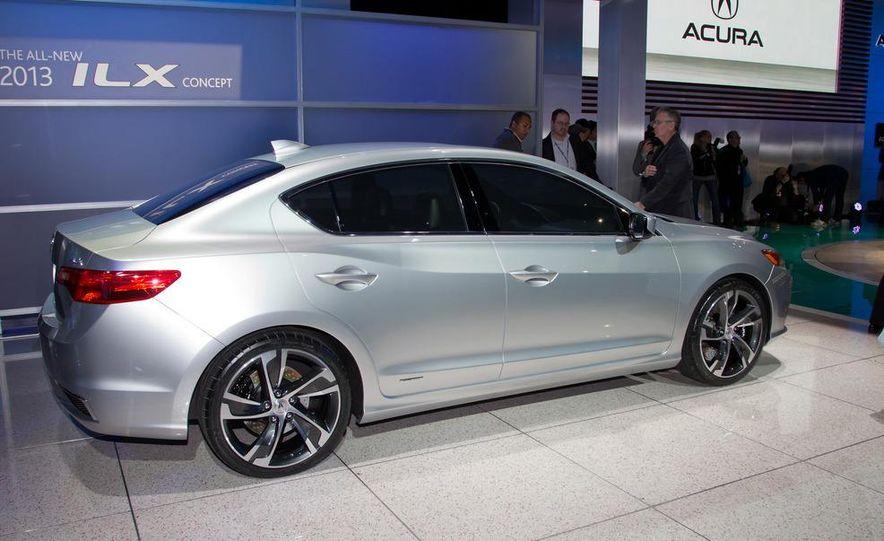 Acura ILX concept - Slide 12