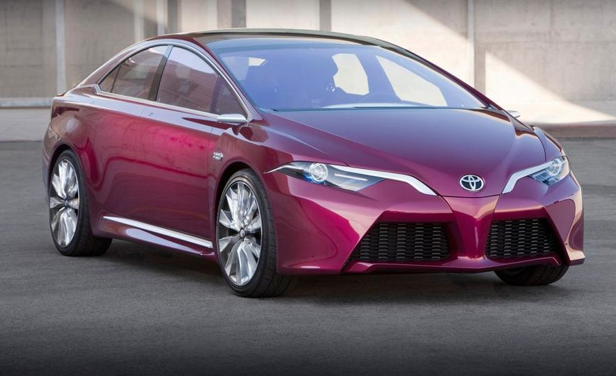 Toyota NS4 Advanced plug-in hybrid concept - Slide 15