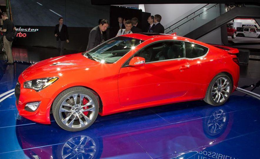 2013 Hyundai Genesis coupe - Slide 1