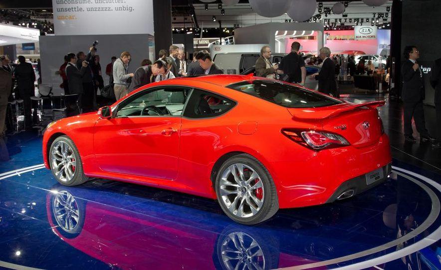 2013 Hyundai Genesis coupe - Slide 4