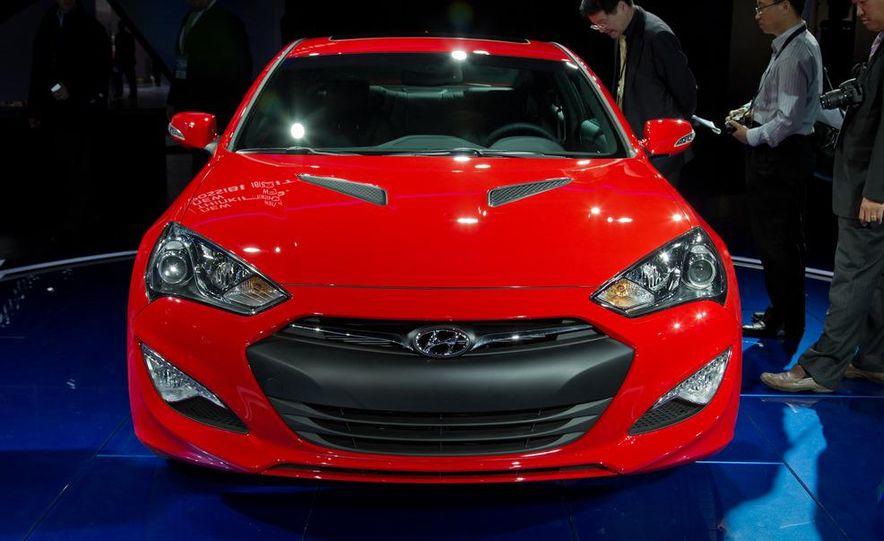 2013 Hyundai Genesis coupe - Slide 6