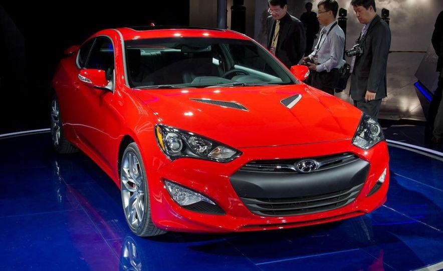 2013 Hyundai Genesis coupe - Slide 7