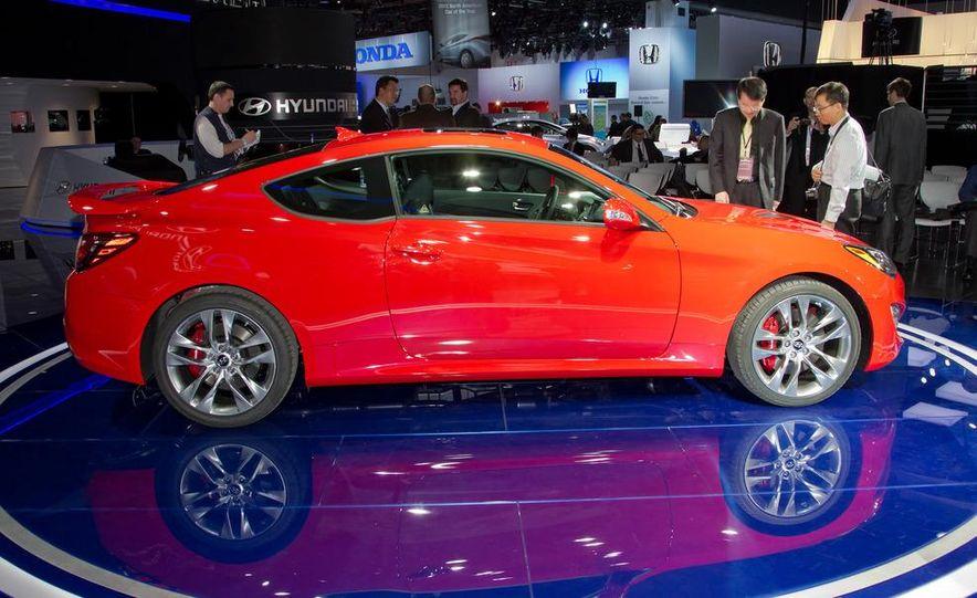 2013 Hyundai Genesis coupe - Slide 10