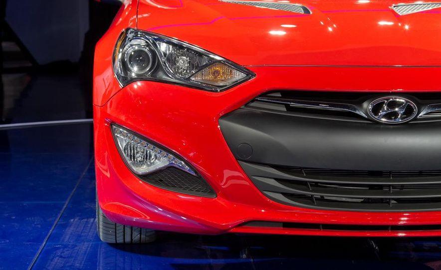 2013 Hyundai Genesis coupe - Slide 13