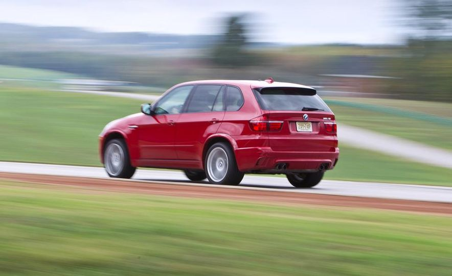 2012 BMW X5 M and 2012 Jeep Grand Cherokee SRT8 - Slide 7