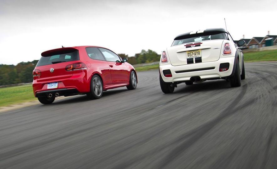 2012 BMW X5 M and 2012 Jeep Grand Cherokee SRT8 - Slide 4