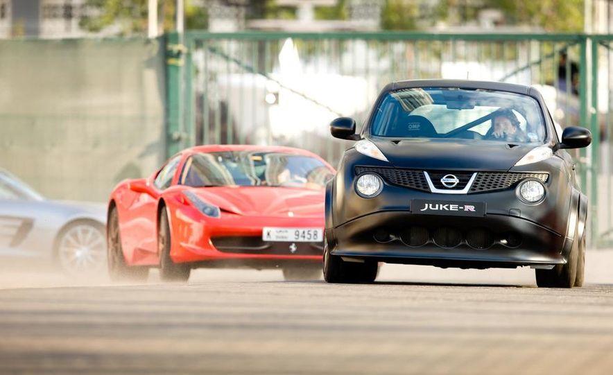 458 Italia and Nissan Juke-R - Slide 6