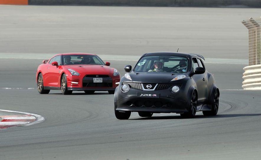 458 Italia and Nissan Juke-R - Slide 22
