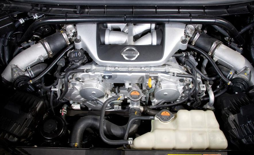 458 Italia and Nissan Juke-R - Slide 73
