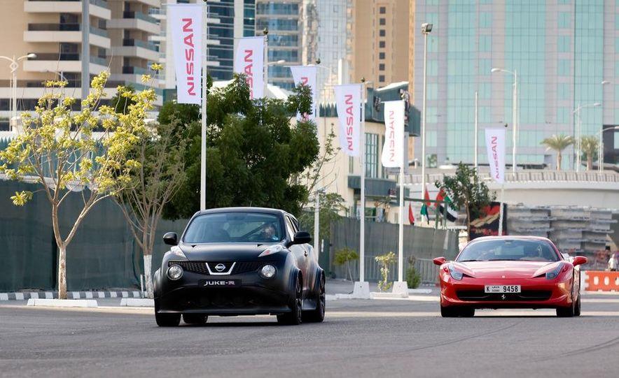 458 Italia and Nissan Juke-R - Slide 4