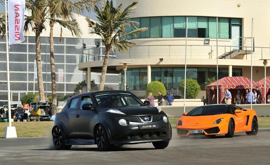 458 Italia and Nissan Juke-R - Slide 16