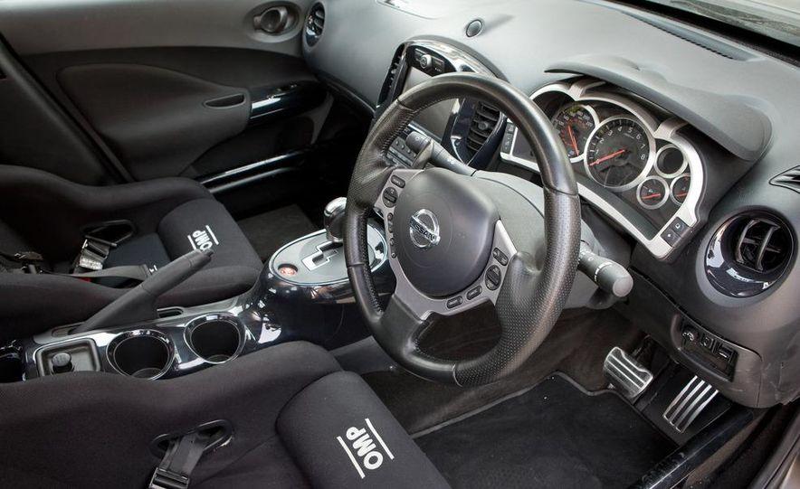 458 Italia and Nissan Juke-R - Slide 65