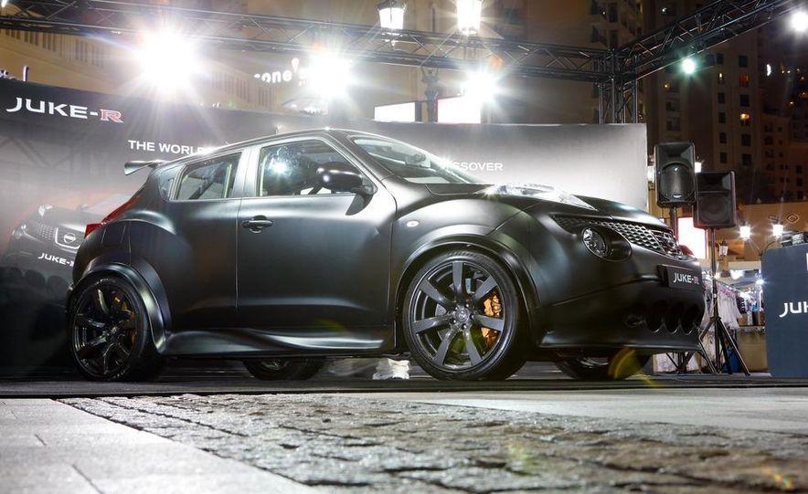 458 Italia and Nissan Juke-R - Slide 84