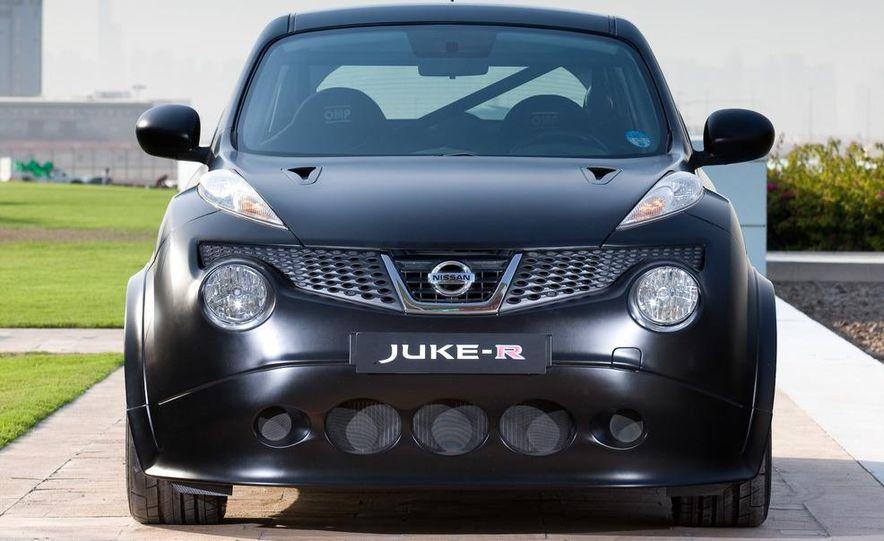 458 Italia and Nissan Juke-R - Slide 88