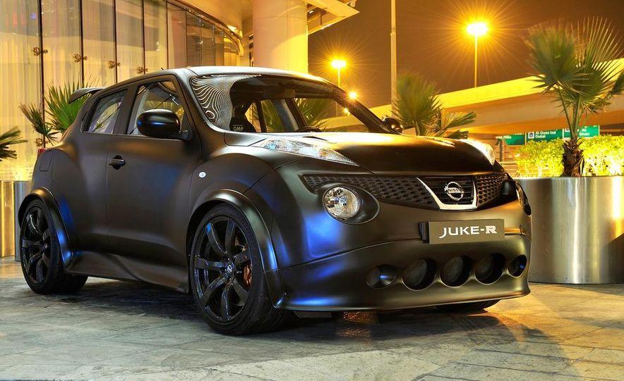 458 Italia and Nissan Juke-R - Slide 58