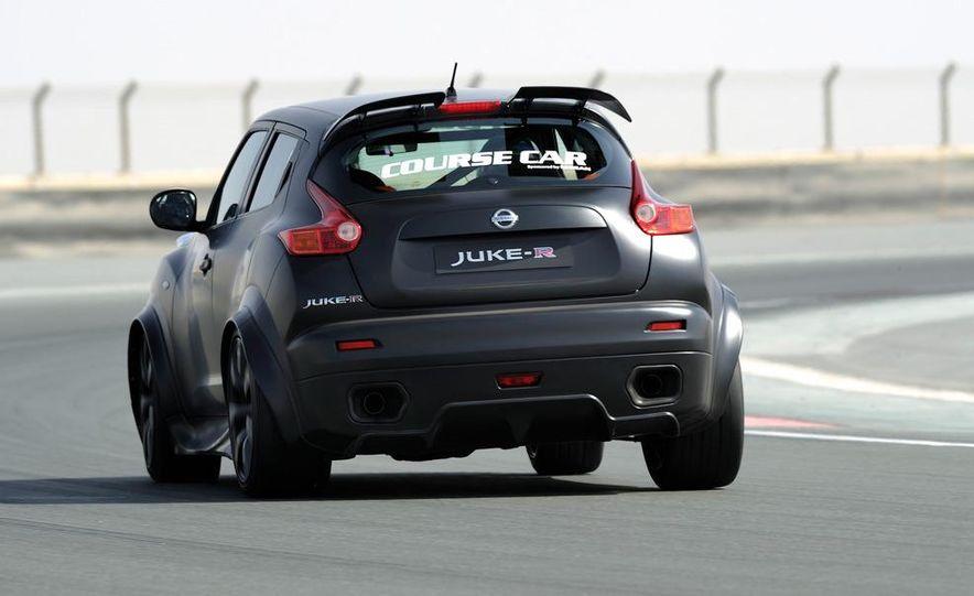 458 Italia and Nissan Juke-R - Slide 25