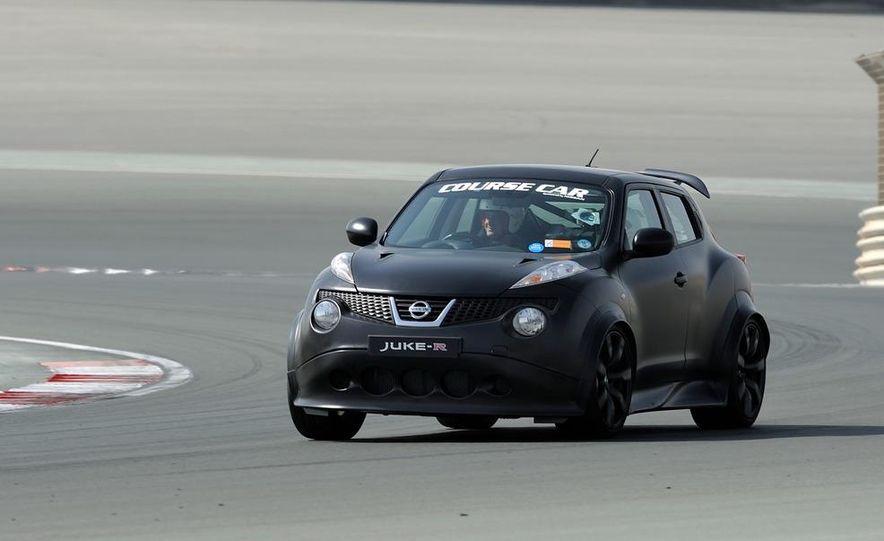 458 Italia and Nissan Juke-R - Slide 36