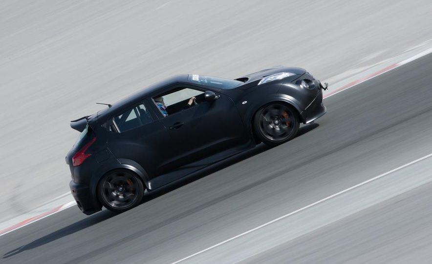 458 Italia and Nissan Juke-R - Slide 38