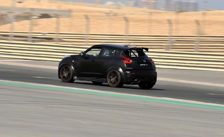 458 Italia and Nissan Juke-R - Slide 41
