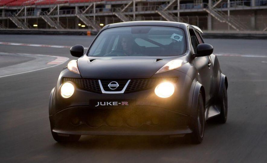 458 Italia and Nissan Juke-R - Slide 51