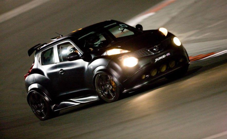 458 Italia and Nissan Juke-R - Slide 55
