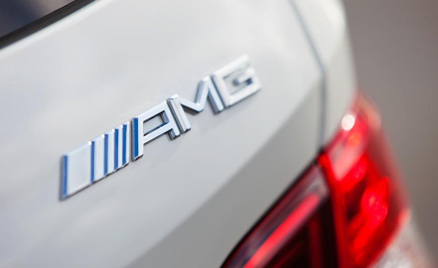 2012 Mercedes-Benz ML63 AMG - Slide 10