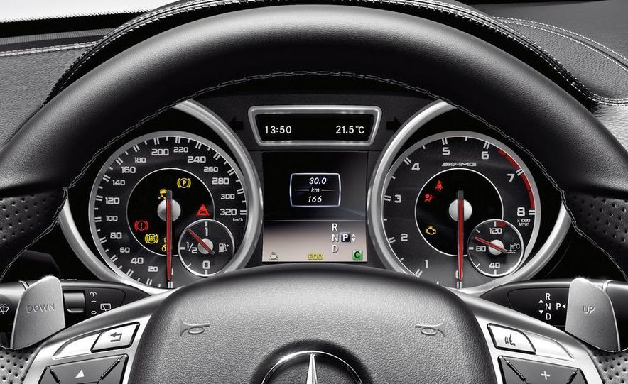 2012 Mercedes-Benz ML63 AMG - Slide 27