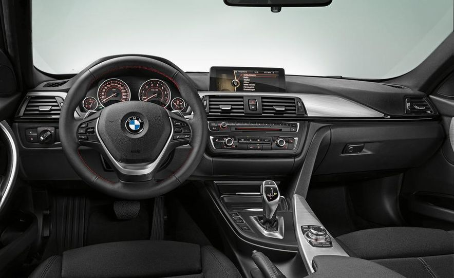 2012 BMW 335i Sport Line sedan (Euro-spec) - Slide 20
