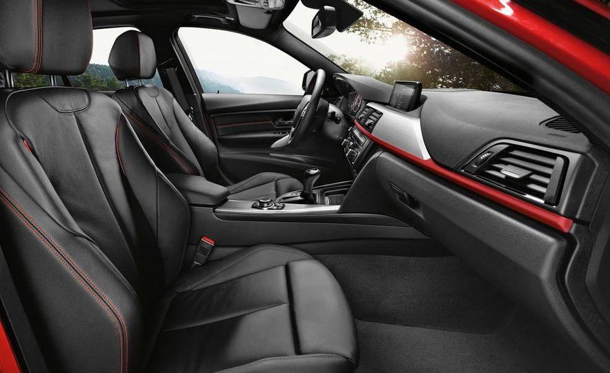 2012 BMW 335i Sport Line sedan (Euro-spec) - Slide 21