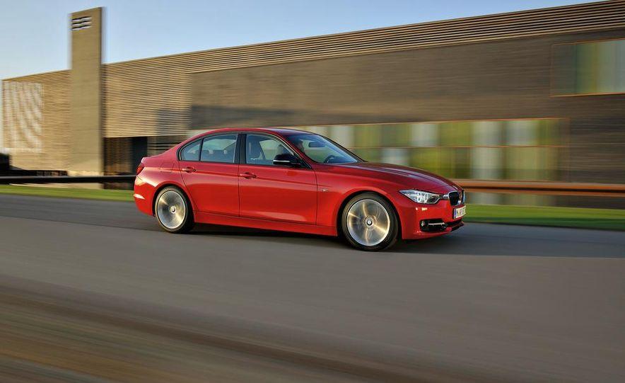 2012 BMW 335i Sport Line sedan (Euro-spec) - Slide 2