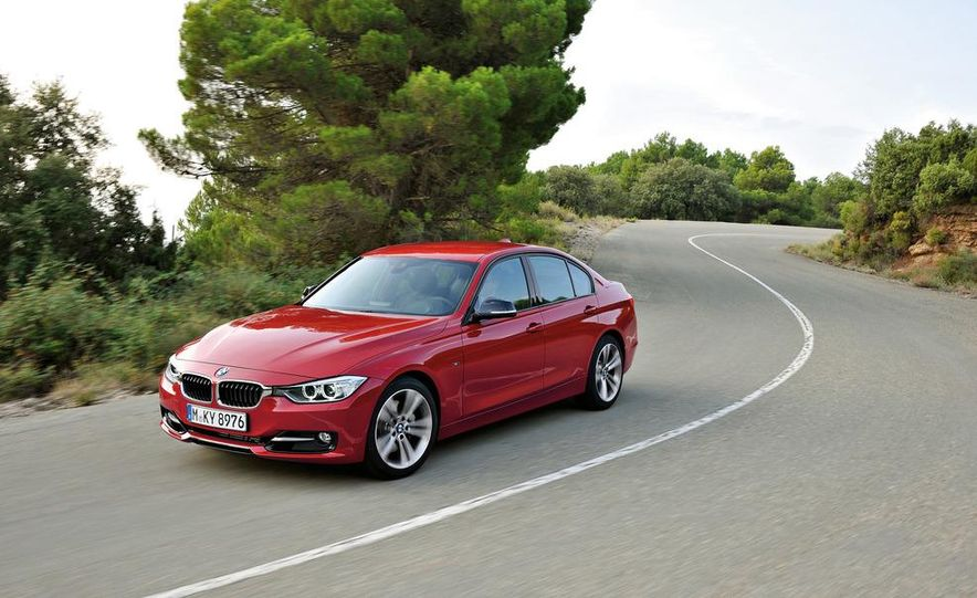 2012 BMW 335i Sport Line sedan (Euro-spec) - Slide 3