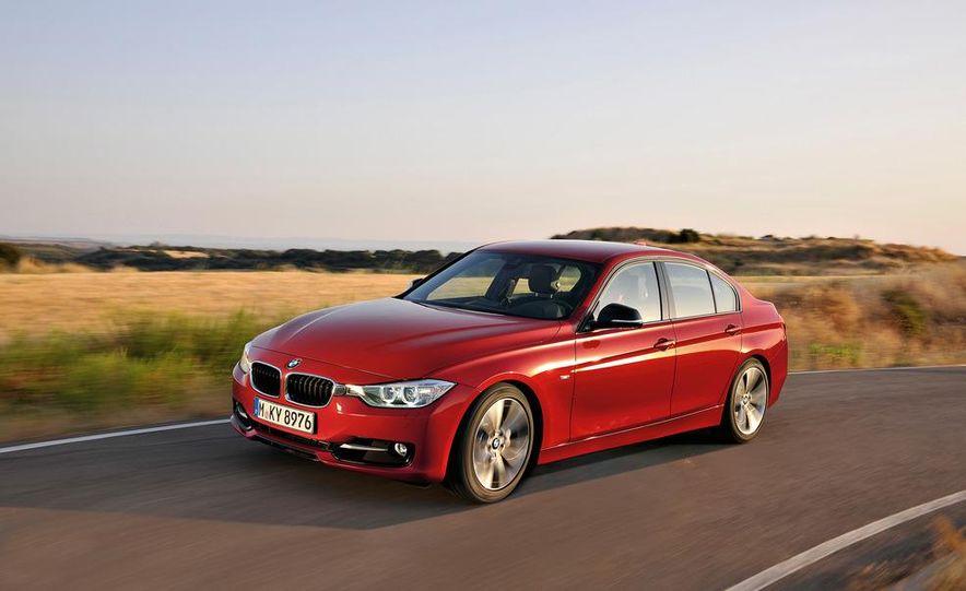 2012 BMW 335i Sport Line sedan (Euro-spec) - Slide 4