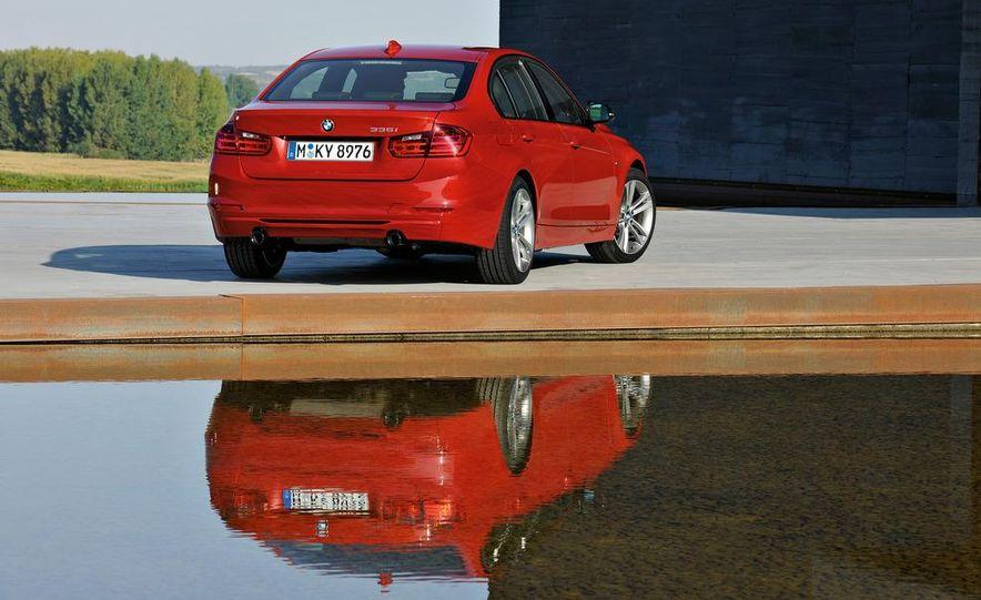 2012 BMW 335i Sport Line sedan (Euro-spec) - Slide 17