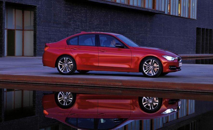 2012 BMW 335i Sport Line sedan (Euro-spec) - Slide 11