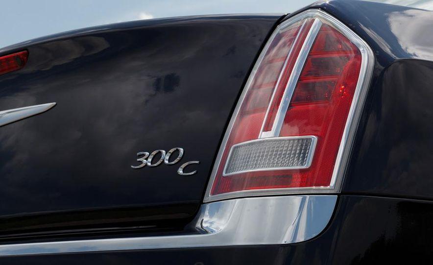 2012 Chrysler 300 Mopar '12 - Slide 50